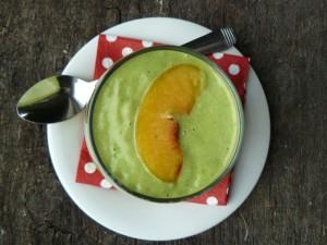 Peaches & Green Smoothie