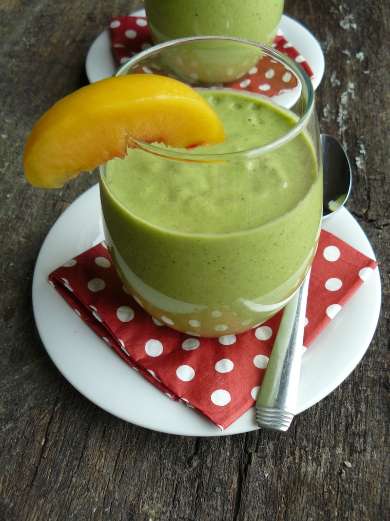 Peaches & Green Smoothie -insideblog 2 small